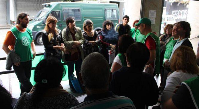 Canas verdes: militarizaron la puerta de PAMI ante reclamo de reincorporación