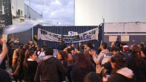 Pepsico: fábrica tomada contra los despidos