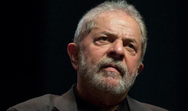 "Brasil. Tribunal de La Haya declara ""preso político"" al expresidente Lula"