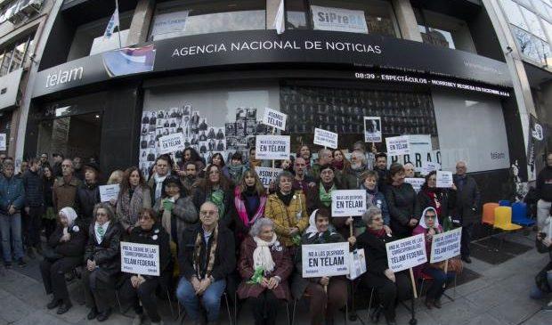 Organismos de derechos Humanos abrazaron a la Agencia Télam y reclamaron por la reincorporación de las y los despedidos