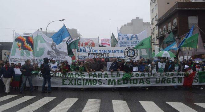 """Marcha a Agroindustria: """"Nuestra lucha es una sola"""""""