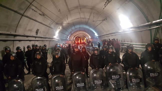 Represión contra los trabajadores del Subte
