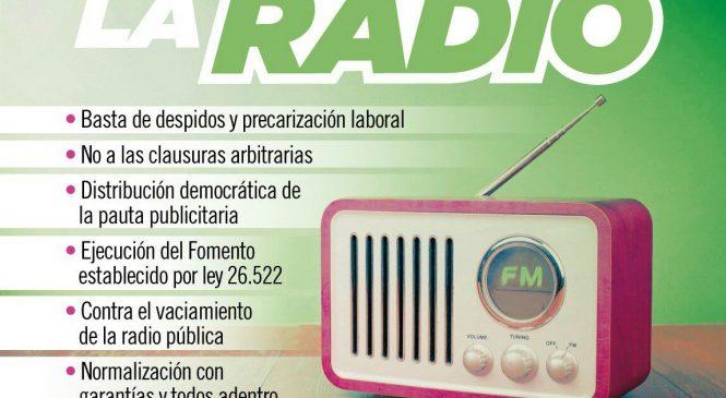 """""""La radio argentina cumple 98 años en uno de los momentos más difíciles de su historia"""""""