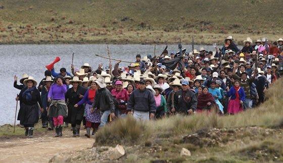 Sí se puede: Pueblos frenan minería en Perú