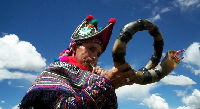 9 de agosto y el folclorismo indígena