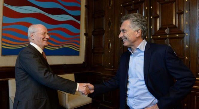 Macri y Rocca de la mano por Vaca Muerta demostrando la impunidad que tienen