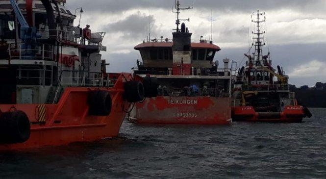 """Chile: Organizaciones Aymara, Likanantai, Kawesqar y Mapuche exigen retiro de """"Barco Basura"""" de la X región"""