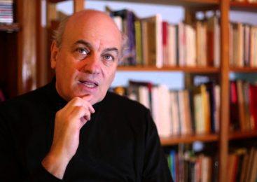 """Raúl Zibechi: """"Este modelo no se sostiene sin represión"""""""