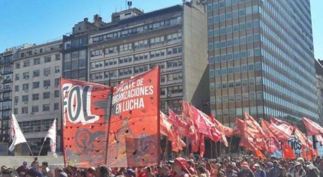 1000 ollas populares en la 9 de Julio preparan los movimientos sociales