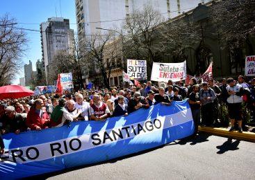 Estatales se movilizaron en La Plata