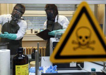 La investigación agrícola en Estados Unidos : El disfraz para la creación  de un arma bacteriológica