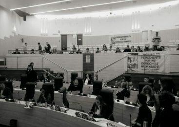 Declaran personas no gratas a genocidas que cumplen domiciliarias en Rosario