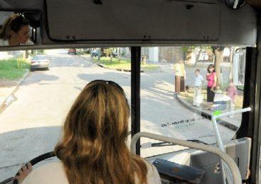 La lucha de una colectivera conquistó el cupo femenino en el transporte