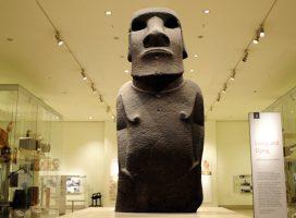 Repudio Rapa Nui: Museo Británico sólo entregará réplica de Moái sagrado