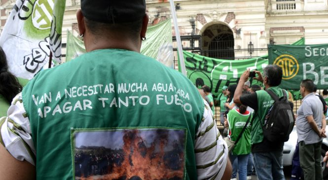 Fuerte caída de los salarios reales y canasta de 33.131 pesos, estimó ATE-Indec