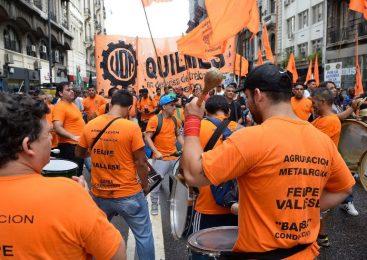 Bono o reapertura paritaria, el dilema de crisis para varios sindicatos