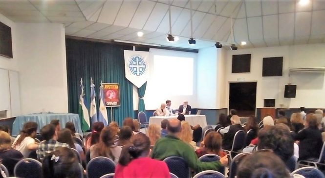 Gran jornada de debate sobre las causas de 'Rafa' Nawel y Santiago Maldonado