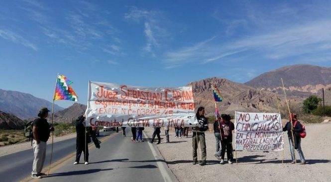Brutal represión a la comunidad indígena Cueva del Inca en Tilcara