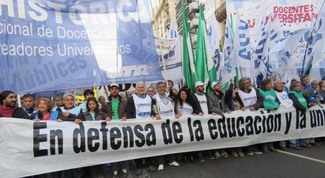 Conadu Histórica moviliza en rechazo al presupuesto de Macri y el FMI y por la reapertura de la paritaria
