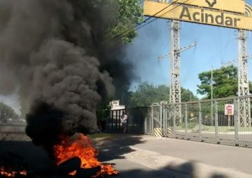 Rosario: Acindar despidió a los trabajadores que quedaban en la planta Navarro