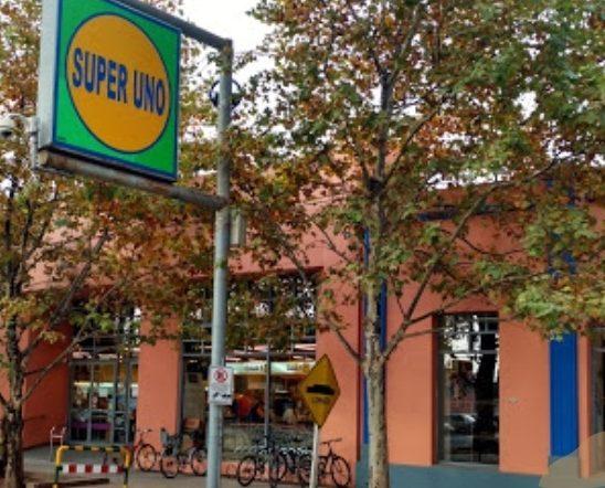 Cierra cadena de supermercados cordobesa y despide 63 empleados