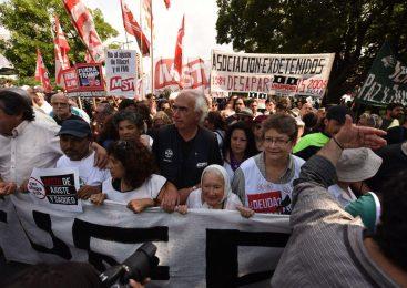 """#G20 Cortiñas: """"traemos el repudio de todo el pueblo argentino"""""""