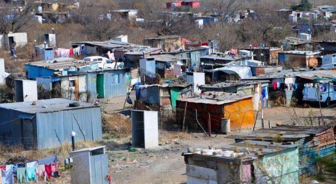 En Argentina 13,6 millones de personas son pobres