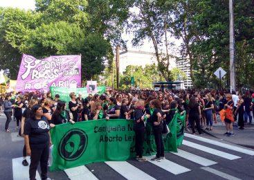 Rosario: Comenzó el paro feminista y movilización por Lucía Pérez