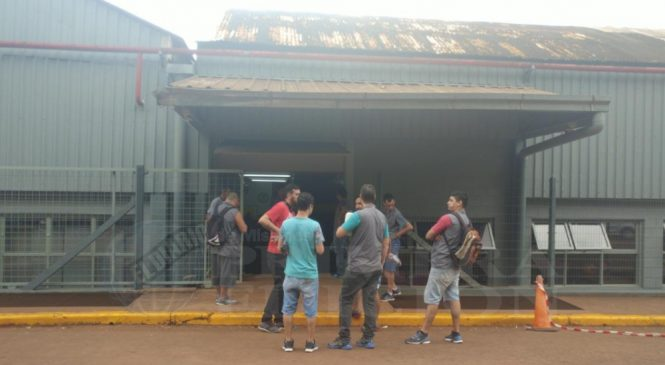 Ocupan planta de Dass contra 150 despidos