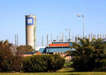 ¿Y las inversiones? General Motors forzó 150 despidos en Rosario
