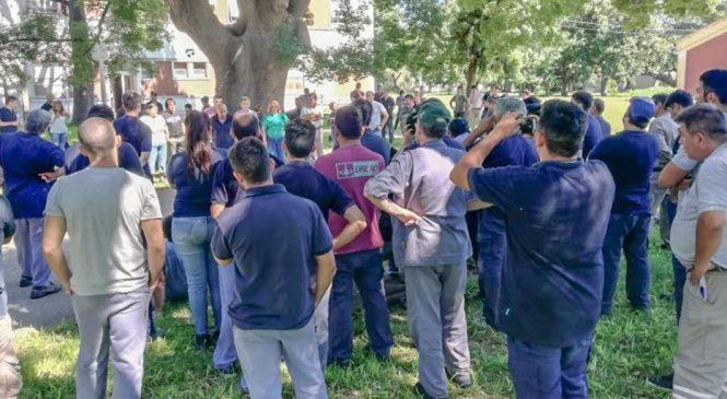 Fray Luis Beltrán: Fabriqueros mantienen la medida de fuerza exigiendo por los contratos faltantes