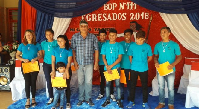 Secundaria de Fortín Mbororé celebró a sus 10 nuevos egresados