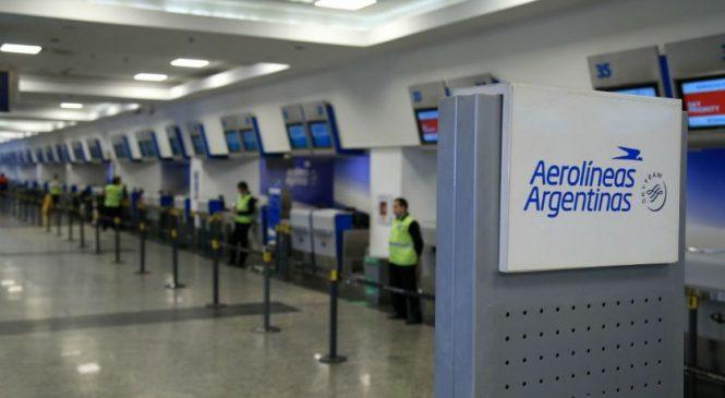 Al final Aerolíneas Argentinas admitió la deuda paritaria y dejó en suspenso las sanciones a 376 empleados