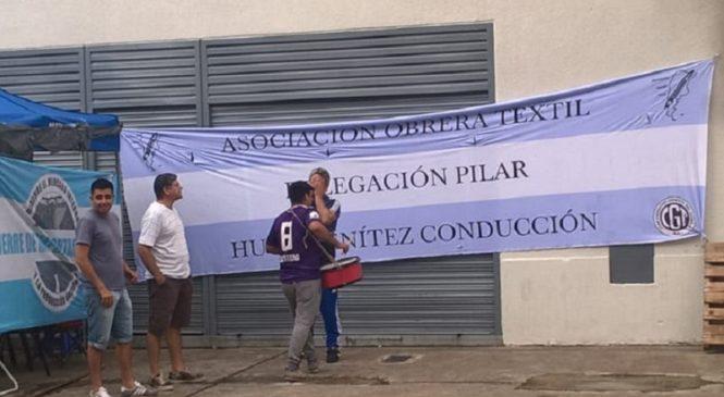 """Tintorería Color Pool: """"La empresa dejó a 60 familias en la calle"""""""