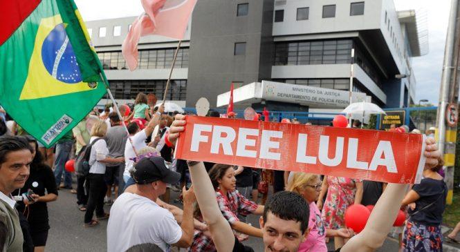 Carta de Lula: El 2019 debe ser el año de la defensa del pueblo brasileño