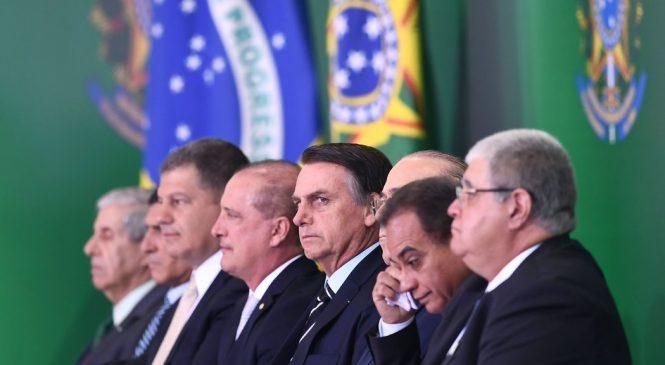 En su segundo decreto Bolsonaro ataca a los pueblos originarios y los sin tierra