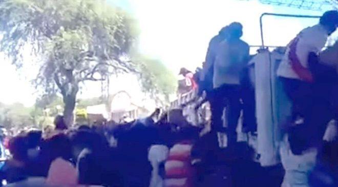 Ingeniero Juárez: originarios saquearon camión con ayuda alimentaria