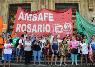 Rosario: Estatales se manifestaron por salarios y condiciones dignas de trabajo