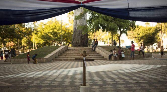 Asesinado un indígena sin tierra frente al Congreso de Paraguay