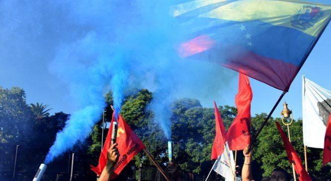 Marcha a la Embajada de los EEUU para frenar la intervención en Venezuela