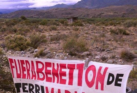 Continúa el emblemático juicio de Benetton contra las Pu Lof Cushamen