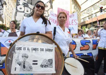 Protestas en la Ciudad sitiada por la apertura de sesiones