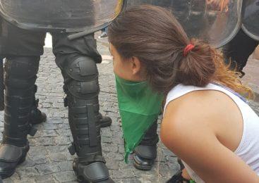 San Telmo: otra jornada de represión en un conflicto complejo