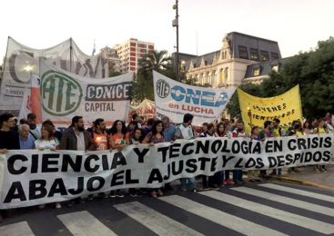 Marcha de Antorchas contra el ajuste y los despidos en Ciencia y Tecnología