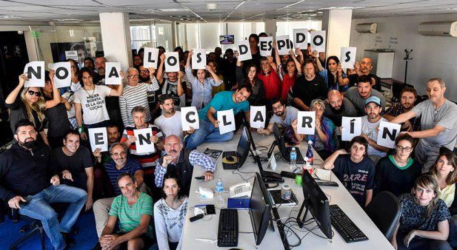 Otro cero en pluralidad de voces: complicidad oficial con los despidos en Clarín