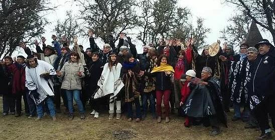 """Comunidad Ranquel tomó el Manantial de Puelén: """"Nos quedamos hasta que nos devuelvan las tierras"""""""