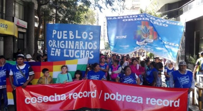 Rosario: originarios y organizaciones sociales marcharon por la pobreza en plena cosecha récord