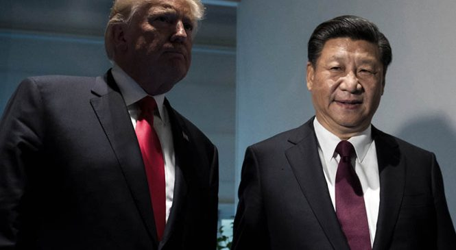 Trump tensa la cuerda con China