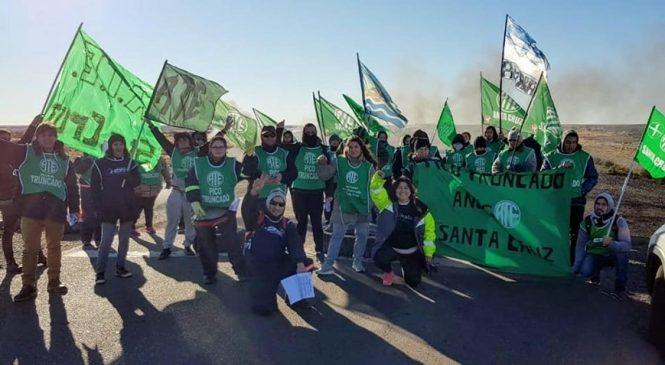 """Santa Cruz: """"Elegimos luchar y no ser cómplices del saqueo"""""""