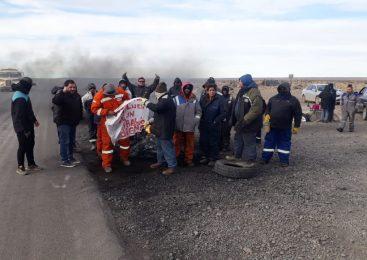 Las Heras: Represión y detención de 16 petroleros que pedían trabajo